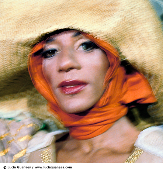 Lucia Guanaes - photo - Transfigurations - Brésil